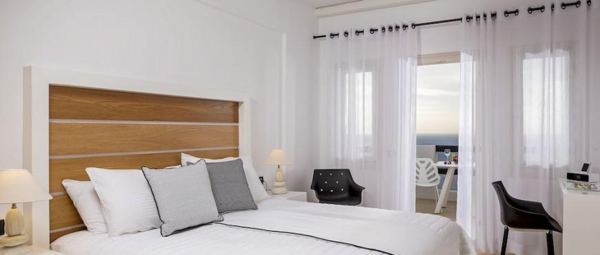 Azzuro Suites